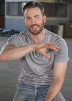 Chris Evans Beard, Robert Evans, My Baby Daddy, Chris Evans Captain America, Chris Pine, Chris Pratt, Michael Fassbender, Steve Rogers, American Actors