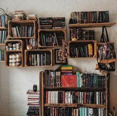Bookshelf Inspiration, Room Inspiration, My New Room, My Room, Room Ideas Bedroom, Bedroom Decor, Home Libraries, Room Goals, Book Aesthetic