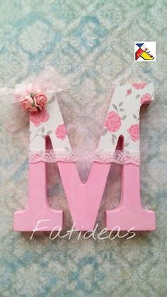 Letras decoradas. Letters For Kids, Letter A Crafts, Wood Letters, Letter Art, Monogram Letters, Letter Standee Design, Cardboard Letters, 1st Birthday Party For Girls, Baby Frame