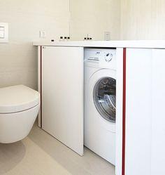 mobile bagno con lavatrice sotto piano nascosta da anta (a battente) - lavabo sottopiano