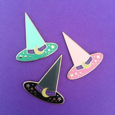 This year I'm wearing all of the Halloween pins and watching Hocus Pocus twice daily!Magic Circle Clothing have created the cutest Halloween collection, lots of shimmery glitters and the best pink and mint witch hats for all you pastel babes!Limited Edition, hard enamel with rubber clutches