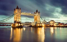 Thames River Wallpaper