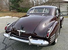 1941 Cadillac Series 62 Coupe ════════════════════════════ http://www.alittlemarket.com/boutique/gaby_feerie-132444.html ☞ Gαвy-Féerιe ѕυr ALιттleMαrĸeт   https://www.etsy.com/fr/shop/frenchjewelryvintage?ref=ss_profile  ☞ FrenchJewelryVintage on Etsy http://gabyfeeriefr.tumblr.com/archive ☞ Bijoux / Jewelry sur Tumblr