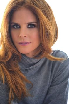 6 Lessons in confidence with 'Suits' star Sarah Rafferty Sarah Rafferty, Beautiful Goddess, Beautiful Gorgeous, Beautiful Ladies, Mohawk Braid, Carrot Top, Gorgeous Redhead, Lucky Girl, Portraits