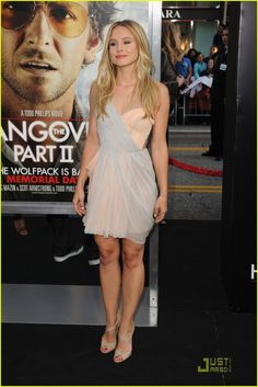 Kristen Bell is gorgeous and wonderful and I love that dress.