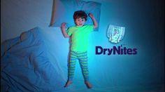 Vraag je #gratis DryNites Probeerverpakking Coupon aan. De Pyamabroekjes voor kids zijn Super Absorberend. 👖Repin 👉