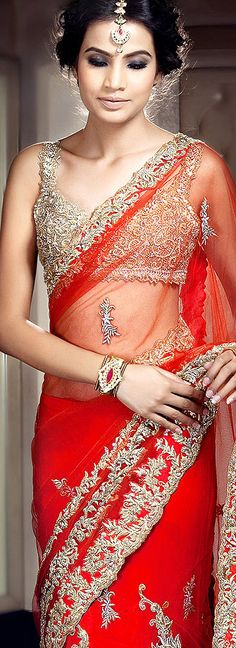 LOVE the saree and make up