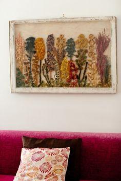 DIY simple Arte (old farmhouse window+mat board+dried flowers= ART) Crafty Craft, Crafty Projects, Art Projects, Pressed Flower Art, Vintage Windows, Dried Flowers, Rose Flowers, Wedding Flowers, Flower Crafts