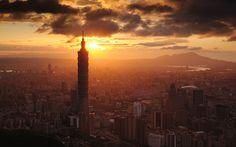 """A może weekend na Tajwanie?  Na razie musza nam wystarczyć wspomnienia Pawła Kozackiego do grudniowego """"W drodze""""..."""
