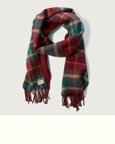 A warm layer with timeless pattern, featuring all-over plaid, fringe hem and a logo patch detail, Acrylic Fringe Scarf, Plaid Scarf, Xmas 2015, Winter Wear, Warm, Logo, Detail, Pattern, How To Wear