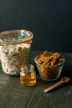 brown sugar olive oil lip scrub beauty diy i love this stuff Beauty Secrets, Diy Beauty, Beauty Skin, Beauty Hacks, Beauty Ideas, Brown Sugar Scrub, Diy Scrub, Homemade Beauty Products, Tips Belleza