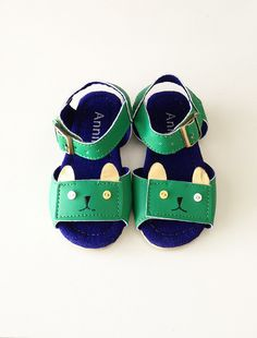 the kitty sandal.sold out?! i need these for my crazy cat lady Ara