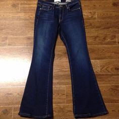 "New Frame Le Skinny Flare size 30 petite Le Skinny Flare Frame denim jeans size 30, NWOT.  Inseam professionally altered to 30.5"" inseam, original hems as shown.  Altered but never worn! Frame Jeans Flare & Wide Leg"