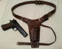 Tomb Raider Lara Croft Leather Holster by UnchartedLeather