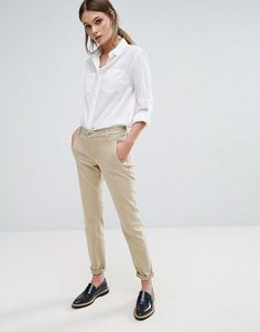 http://www.asos.de/selected/selected-femme-chino/prd/7653279?iid=7653279
