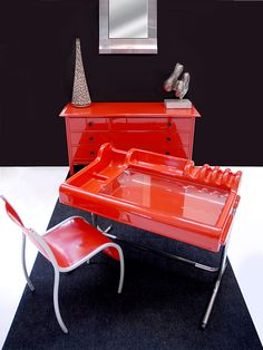 Mobile Sormani, scrittoio Molteni e sedia Ron Arad per Kartell