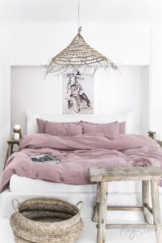 Linen bedding set in Woodrose (Dusty Pink). King/ Queen washed linen duvet cover set with 2 pillowca Washed Linen Duvet Cover, Bed Linen Sets, Bed Sets, Duvet Sets, Duvet Cover Sets, Classic Interior, Home Interior, My New Room, Linen Bedding