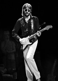 Eric Clapton with Sunglasses.jpg (701×980)