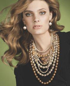 Constance Jablonski, golden blond light brunette