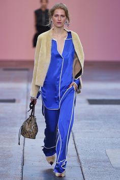 By Malene Birger : la fluidité, le mouvement, et l'avènement du pyjama de jour.
