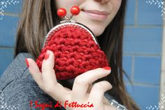 borsellino rosso in fettuccia di nylon