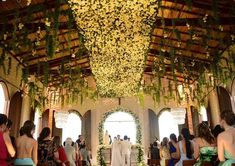 As fotos do casamento de Whindersson Nunes e Luisa Sonza (Foto: Reprodução/Instagram) Valance Curtains, Wedding Ceremony, Chandelier, Ceiling Lights, Lighting, Inspiration, Instagram, Maria Clara, Weeding
