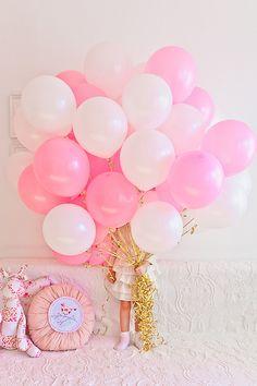 Combinacion de globos de distintos tonos de rosa
