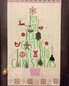 """Panel print fabric with Nordic Christmas. The soft color combination of pale red and green  is beautiful. it is suitable for the Christmas hanging wall. *Ornament is not included in this fabric.  Please check our website """"Christmas Collection"""". ☆市川のショップ、ウェブショップで販売中です! オーナメントは含まれません。  #quiltparty#キルトパーティ#斉藤謠子#yokosaito#タペストリー #tapestry #panel #パネル生地 #christmas #nordic #クリスマス#fabrics #生地"""