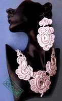 soutache bride set of earrings and necklace by caricatalia
