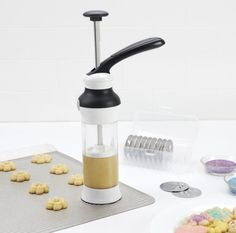 Good Grips Cookie Press with Disk Storage Case