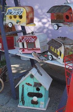 For Birds on the Go........... kinda cute!