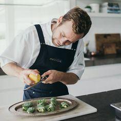 Restaurant Uniforms, Logo Restaurant, Japanese Teriyaki, Heston Blumenthal, Chef Apron, Apron Designs, Harvest, Bakery, Dishes