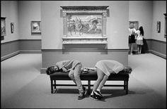 Leonard Freed, USA. Washington D.C. 1996. Hirshorn Art Museum. People napping.
