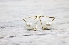 Ohrstecker - ♥ Triangel Perlen Ohrstecker ♥ - ein Designerstück von WhyshouldIsleep bei DaWanda