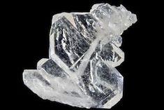 El cuarzo Faden es un cristal que durante su crecimiento se quebró y posteriormente siguió creciendo volviendo a unirse sus partes, formá...