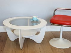 Vintage 1960s Retro Astro Coffee Table  Mid por emmalovesxxx, £275.00