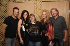 5/18/2012 - Sayreville, NJ | Little Big Town - Met them for the first time - Love them!!!