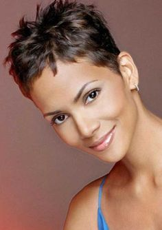 15.Best Halle Berry Short Haircuts