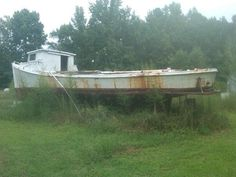 43' round stern, fished by the Haywoods in Guinea, Va, given to me but I can't afford to bring her back....sucks