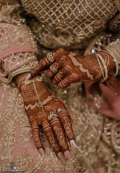 Simple Arabic Mehndi Designs, Henna Designs Easy, Beautiful Mehndi Design, Latest Mehndi Designs, Bridal Mehndi Designs, Mehndi Designs For Hands, Mehndi Design Pictures, Hand Mehndi, Henna Patterns