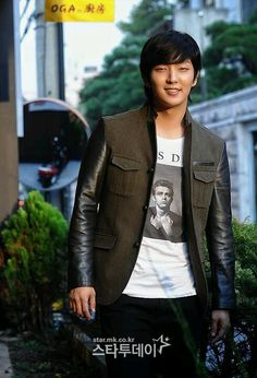 Lee Joon-gi (이준기)