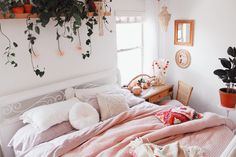 Recursos para cambiar de habitación: de niños a adolescentes – Deco Ideas Hogar Interior, Home Bedroom, House Rooms, Home Decor, Room Inspiration, House Interior, Apartment Decor, Room Decor, Bedroom Decor