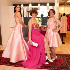 Ballmode in rose Bridesmaid Dresses, Wedding Dresses, Fashion, La Mode, Occasion Dresses, Nice Asses, Bride Maid Dresses, Bride Gowns, Wedding Gowns