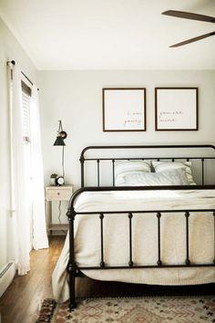 Dream Bedroom, Home Bedroom, Bedroom Decor, Spare Bedroom Ideas, Guest Bedrooms, Modern Bedroom, Guest Room, Bedroom Furniture, Black Iron Beds