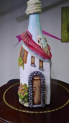 1 Million+ Stunning Free Images To Use A - Diy Crafts Recycled Glass Bottles, Glass Bottle Crafts, Wine Bottle Art, Painted Wine Bottles, Diy Bottle, Decoupage Jars, Clay Fairy House, Christmas Wine Bottles, Altered Bottles