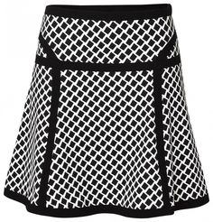 SCHWINGENDER ROCK MIT RAUTEN Office Outfits, Chic Outfits, Fashion Outfits, Womens Fashion, Cute Skirts, Mini Skirts, Girl With Curves, Blouse And Skirt, Black White Fashion