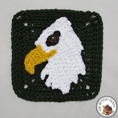 Crochet Bald Eagle Applique - free crochet pattern at The Rusted Pansy. Woodland Themed Afghan.