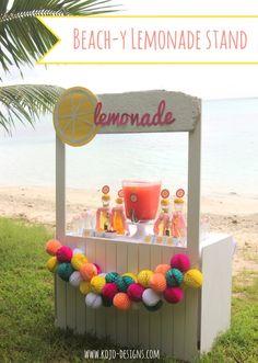 lemonade bar (a perfectly beach-y drink station)