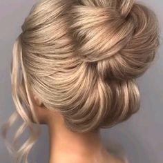High Bun Tutorials, Bun Hairstyles For Long Hair, Bohemian Hairstyles, Up Hairstyles For Wedding, Ponytail Wedding Hair, Classic Updo Hairstyles, Mother Of The Groom Hairstyles, Mother Of The Bride Hairdos, Wedding Hairdos