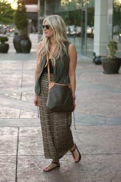 Dark-brown-louis-vuitton-bag-light-brown-forever-21-skirt_400
